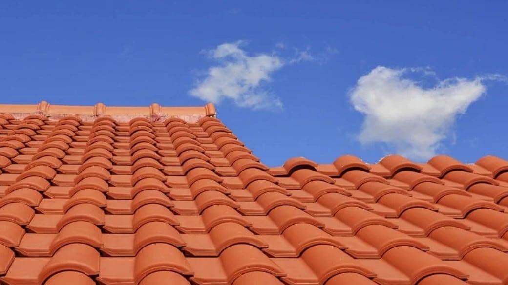 Comparatif meilleur produit anti mousse toiture