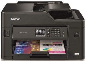 Teste de impressora multifuncional a laser colorida Brother MFC-J5330DW