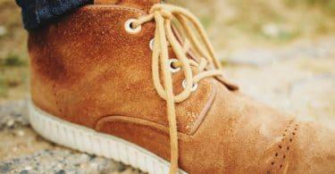 Bien nettoyer chaussures en daim
