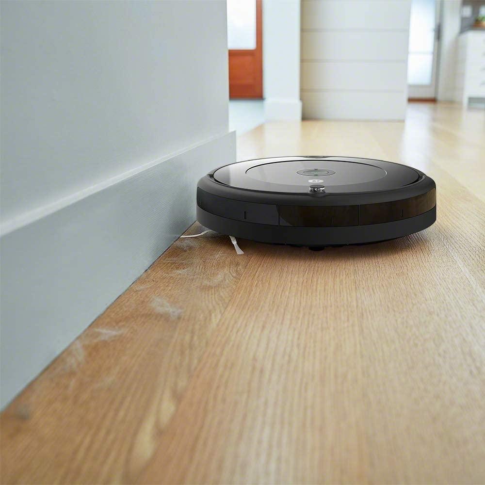 L'aspirateur robot Roomba 692 est toujours à moins de 200